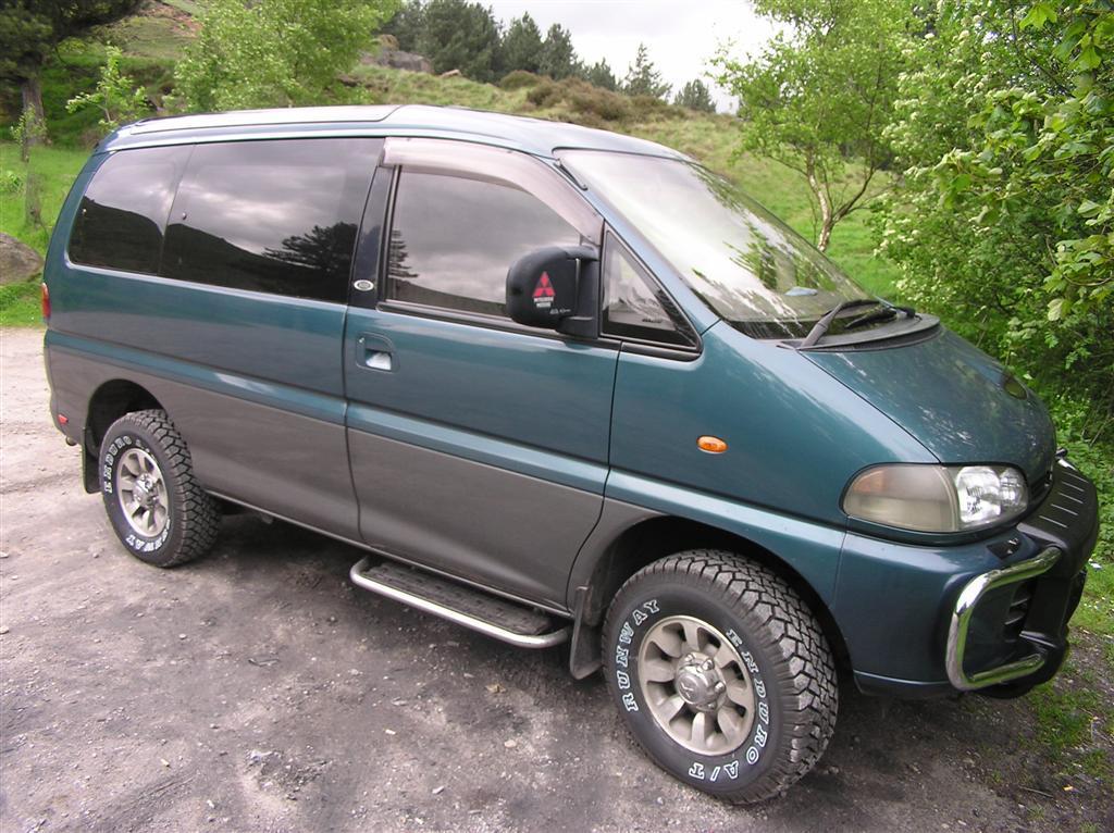 Mitsubishi L300 L400 Delica Space Gear Iv